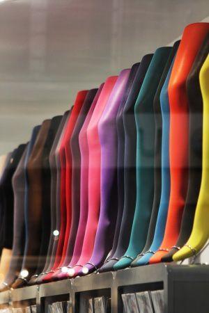 im Angebot Modestile wie kommt man Strumpf und Strumpfhosen Hersteller und Marken
